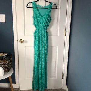 Women's Sleeveless Cut Out Maxi Dress. Small.
